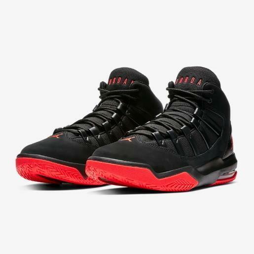 Jordan Max Aura Black/Infrared Footwear