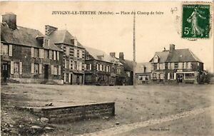 CPA-Juvigny-le-Tertre-Place-du-Champ-de-foire-632919