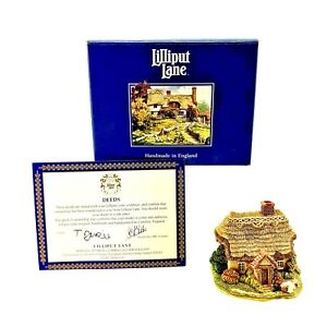Lilliput-Lane-Wash-Day-1996-Vintage-Boxed-Deeds-Collectable-Ornament-Brand-New