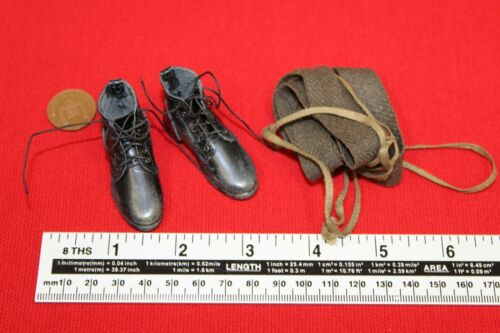 A Dragon in Dreams DID SCALA 1//6TH WW2 RUSSO Weathered Boots /& puttes Vasily