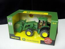ERTL JOHN DEERE 7220 TRACTOR WITH LOADER & DUAL WHEELS 1/32 SCALE