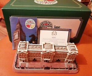 LILLIPUT-LANE-BUCKINGHAM-PALACE-LONDON-L2286-1999-EXCELLENT-BOXED-WITH-DEEDS