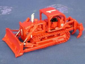 First-Gear-80-0307-IH-TD25-Dozer-w-Ripper-Red-Fire-Version-1-87-Die-cast-MIB