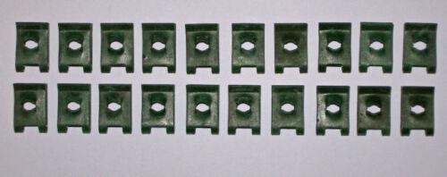 U CLIPS SPIRE CLIPS No6 MATT GREEN PACK OF 40