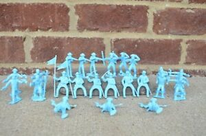 Marx-US-Cavalry-Pioneers-Union-45MM-Fort-Dearborn-Toy-Soldiers-Alamo-Light-Blue