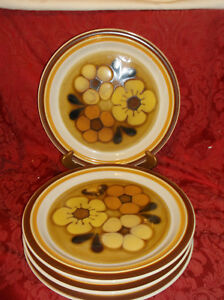 4 CHADDS FORD ALOHA DINNER PLATES....EXCELLENT!