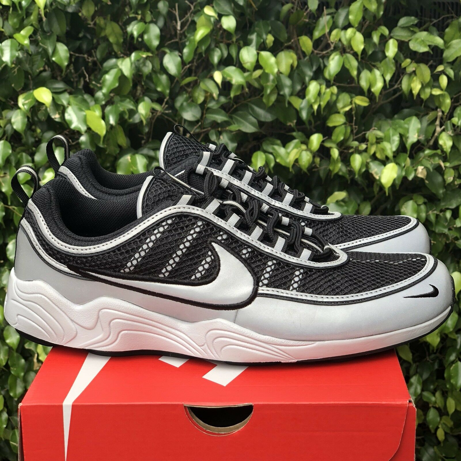 Nike air zoom spiridon scarpe 16 metallico riflettente 926955 003 dimensioni scarpe spiridon neri. 6b6a7c