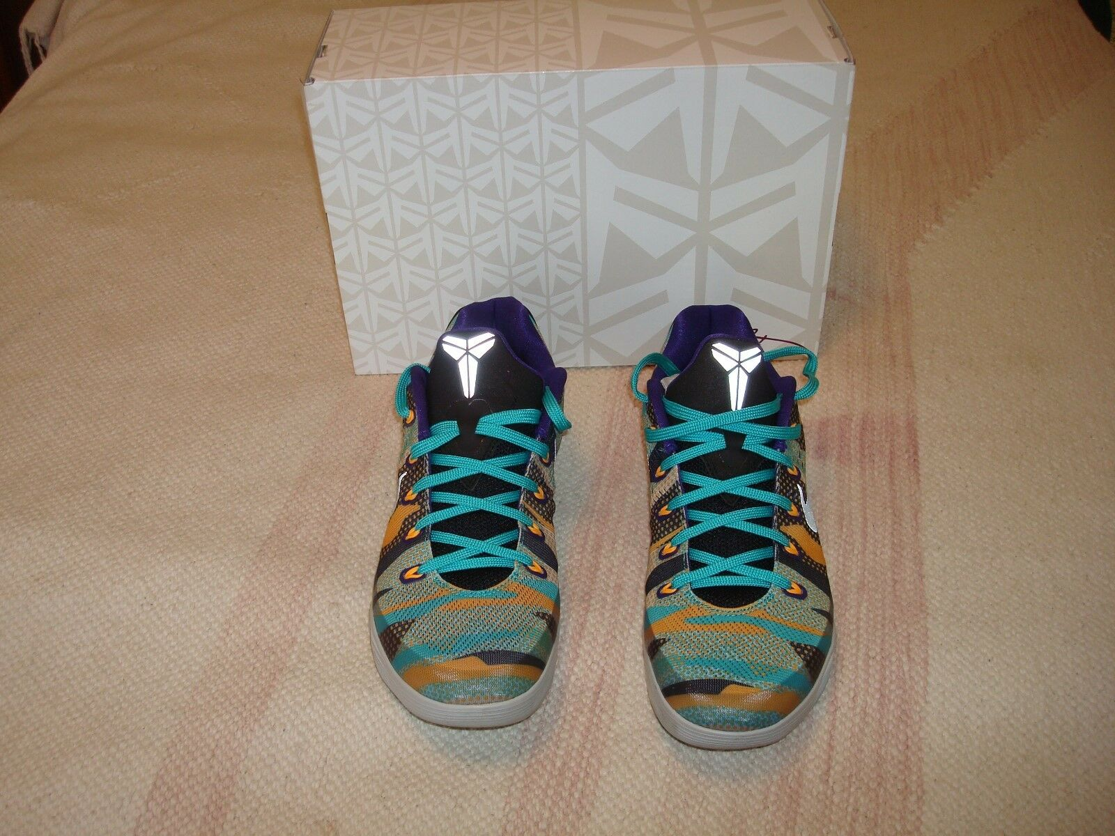 5f19bcb2a692 Nike Kobe IX EM Basketball Shoes