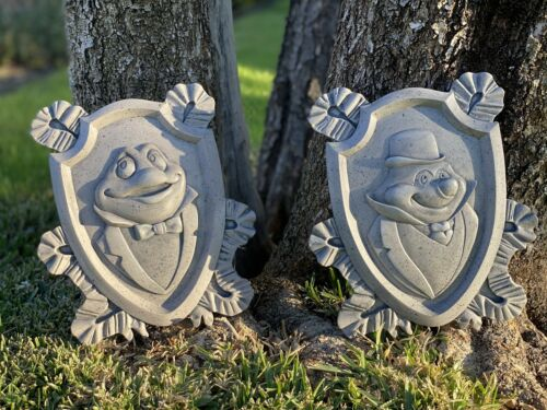 Toad's Wild Ride Plaques Mr