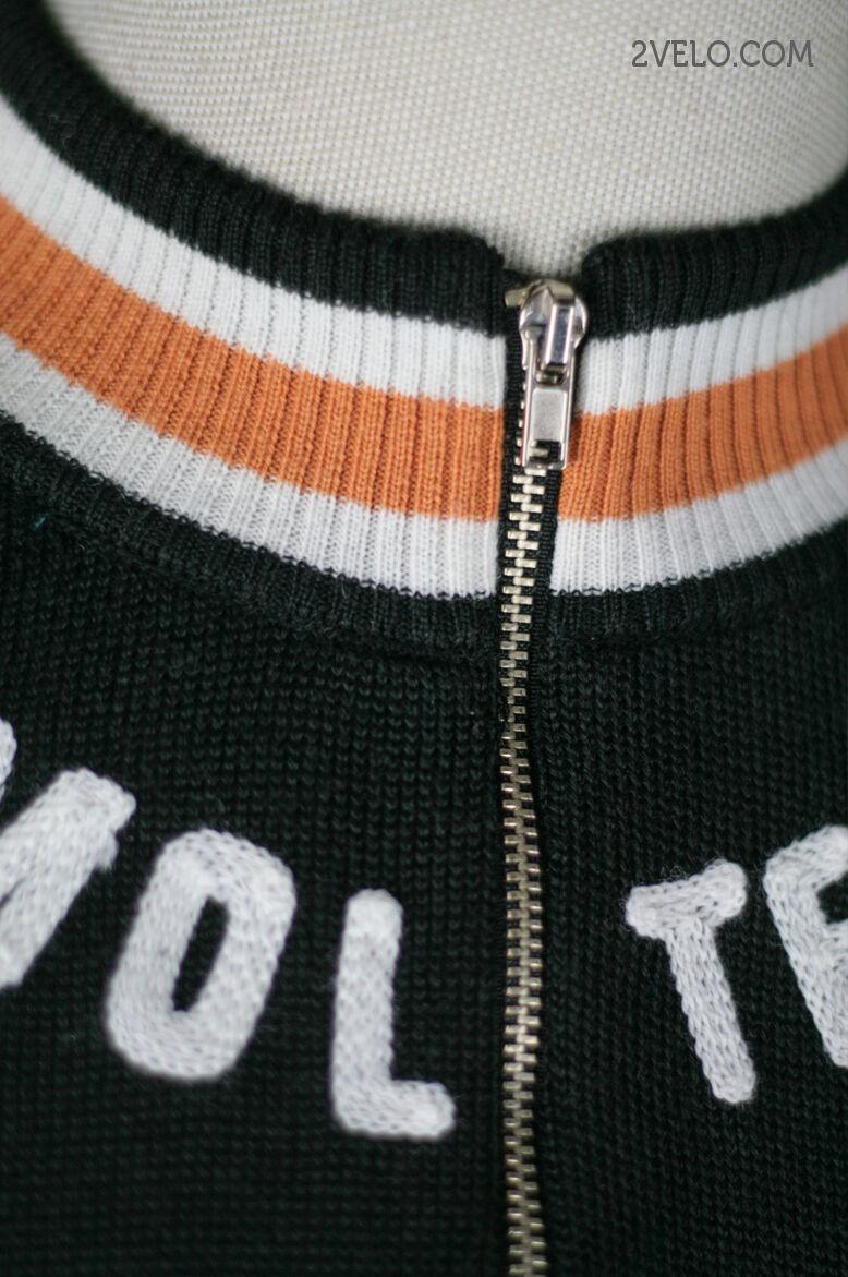 MOLTENI vintage wool long sleeve jersey, new, never worn L L worn c04ccf