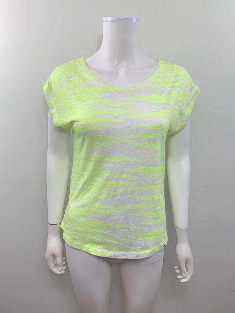 The North Face Women's Size Small Short Sleeve Scoop Neck Striped Hi Low Shirt