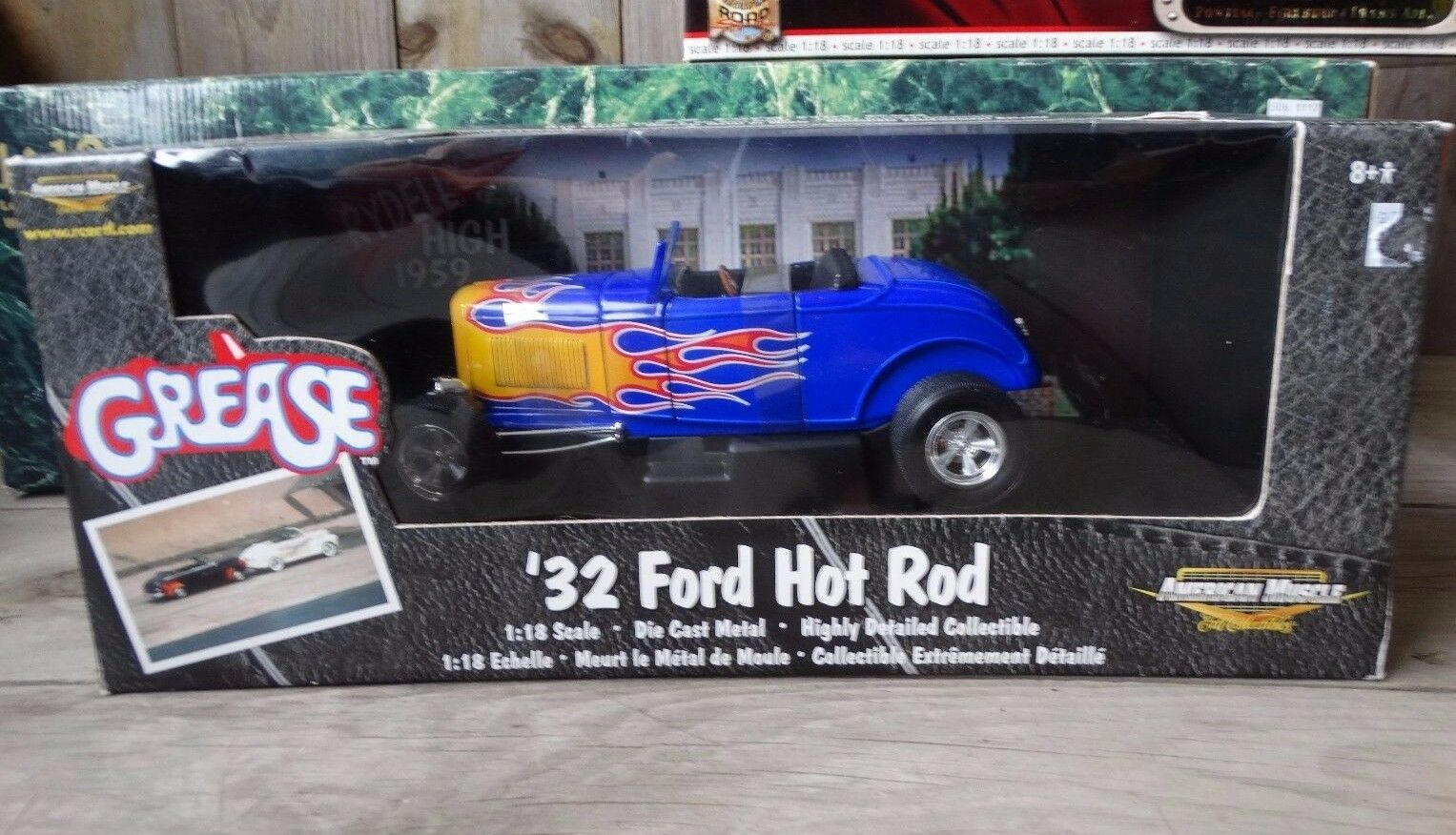 ERTL American Muscle Grease 1932 Ford Hot Rod Roadster 1 18 échelle moulé sous pression 32 voiture