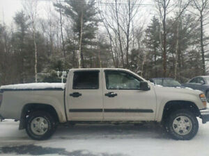 HARD TO FIND ! CANYON CREW CAB 143000 KM 4X4