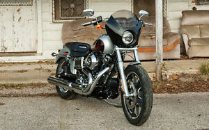 Memphis Shades Gauntlet Fairing For Harley Dyna Sportster