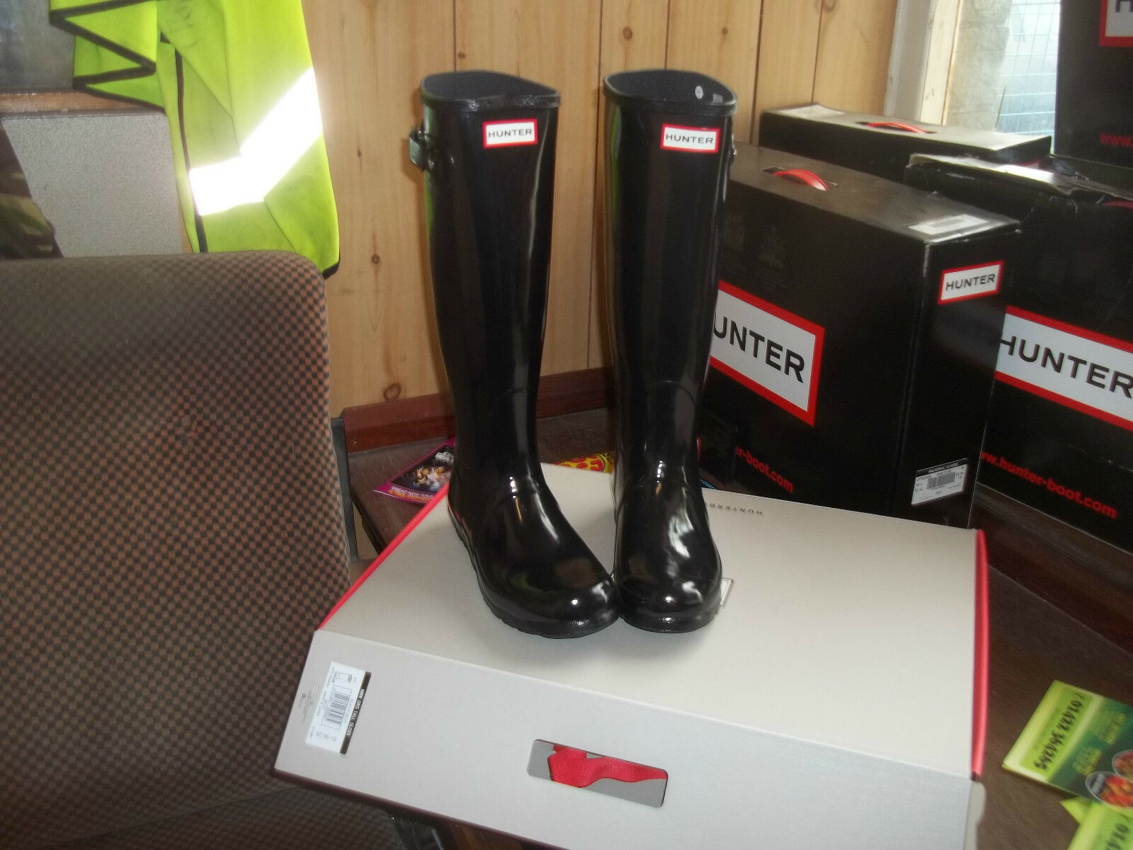 GLOSS BLACK  HUNTER  WELLINGTONS  IN HALIFAX SIZE 7 ORIGINAL LADIES    TALL