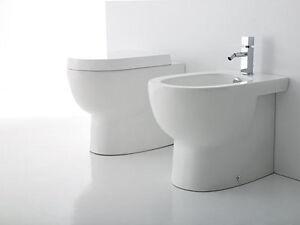 Sanitari bagno appoggio con sedile soft filo muro vaso bidet e sedile ebay - Sanitari bagno filo muro ...