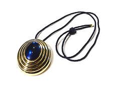 Bijou alliage doré collier lucite bleue crème parfum Boucheron Paris necklace