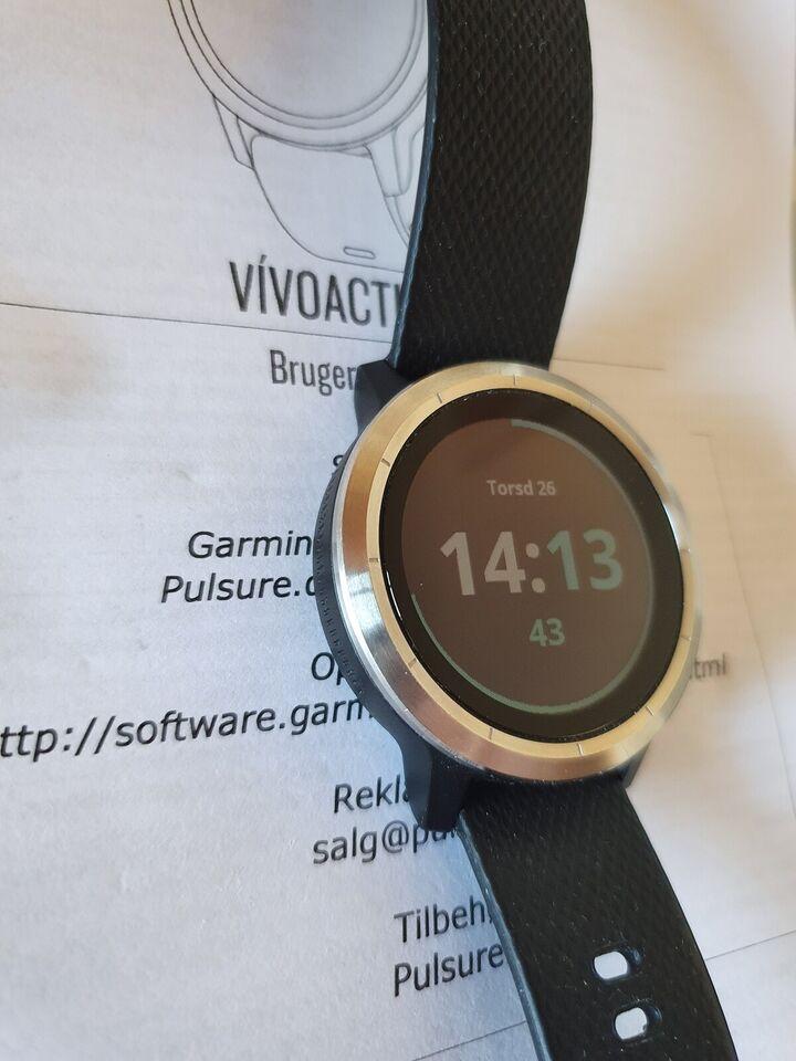 Løbeur, VivoActive 3 + pulsbælte, Garmin