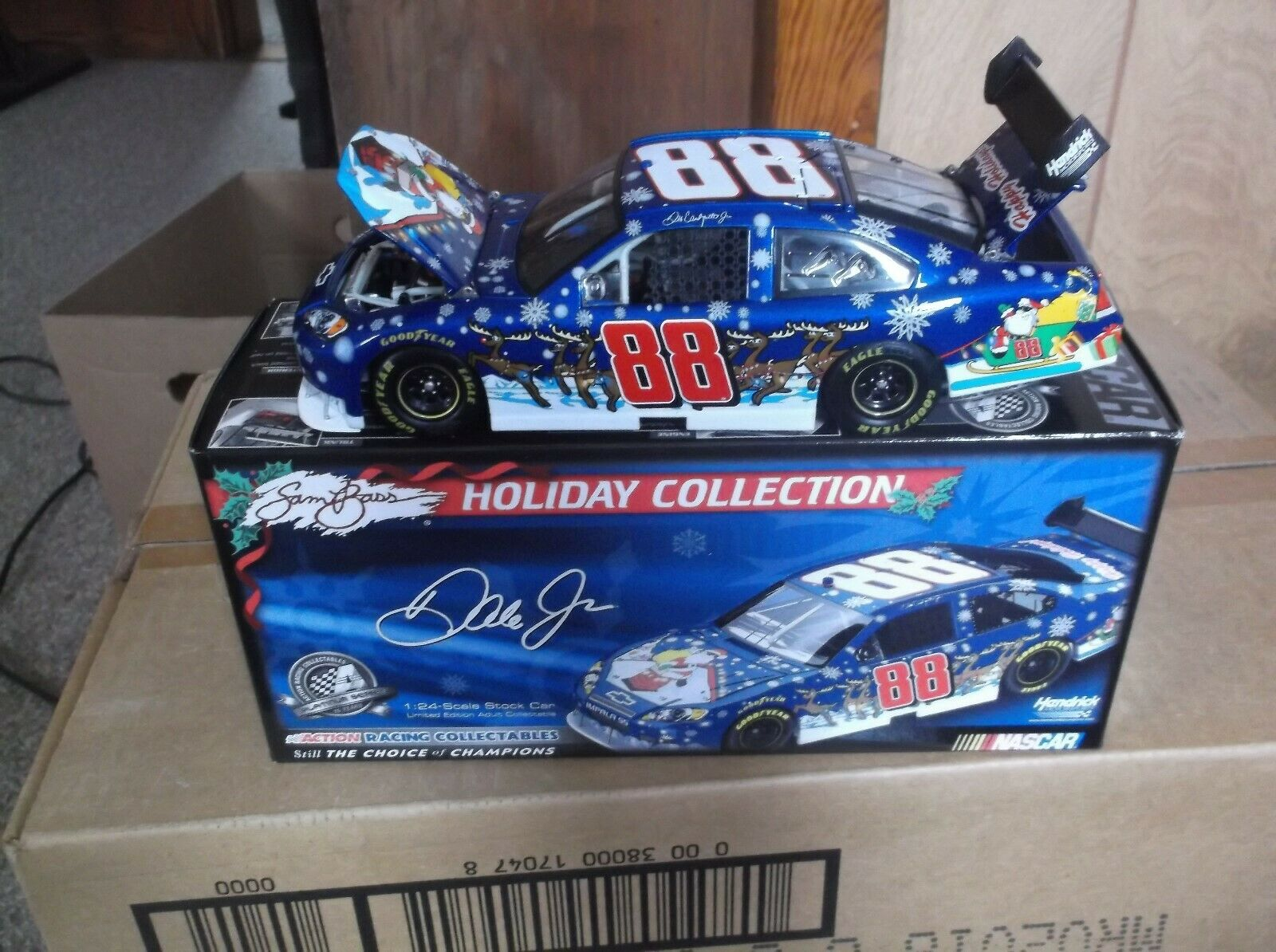 2008 DALE EARNHARDT JR 88 SAM BASS HOLIDAY 1 24TH SCALE DIECAST