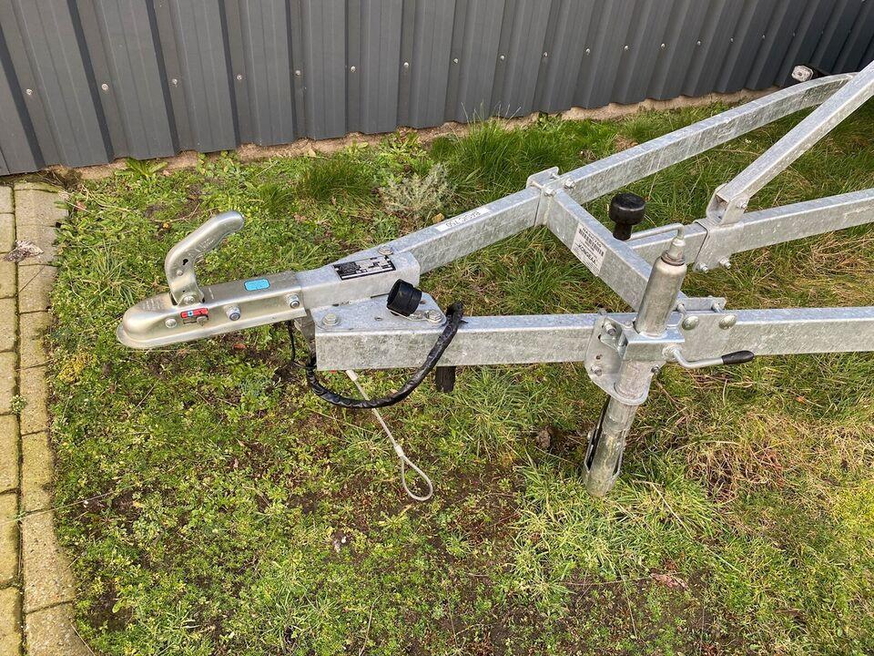 Kanotrailer, Brenderup Basic, lastevne (kg): 210