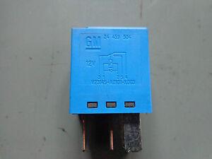 vauxhall vectra c 1 9cdti 150bhp fuse box plug relay gm 24459504 image is loading vauxhall vectra c 1 9cdti 150bhp fuse box