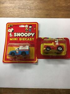 Snoopy Mini Diecast Snoopy in Mail Truck Mosc New Aviva vintage U.S Mail Truck