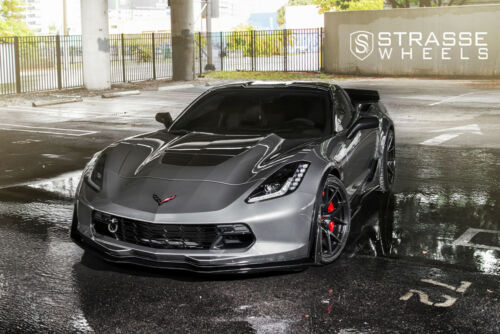 Poster of Chevy C7 Corvette Z07 Front Gray on Strasse Wheels HD Print