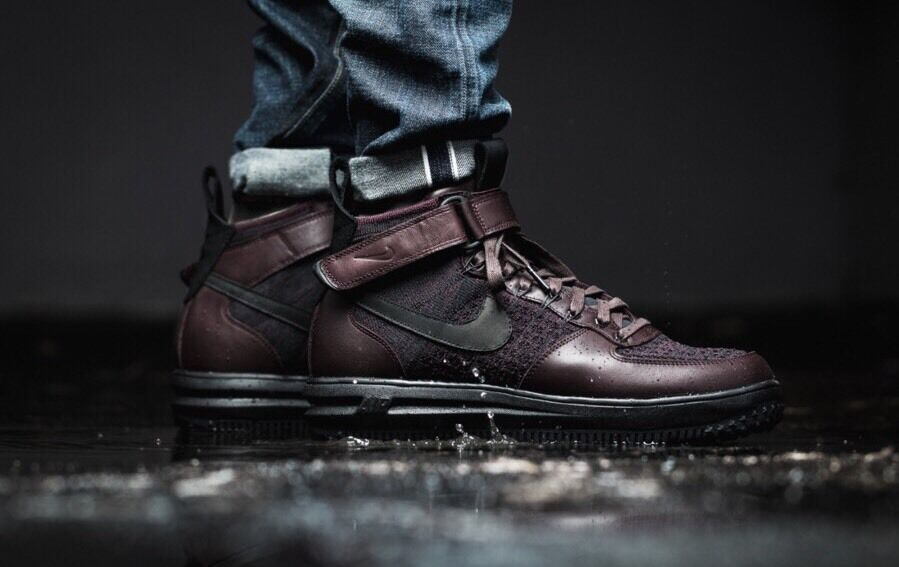 NIKE LUNAR FORCE 1 FLYKNIT WORKBOOT SZ: MNS 8 (855984 600)