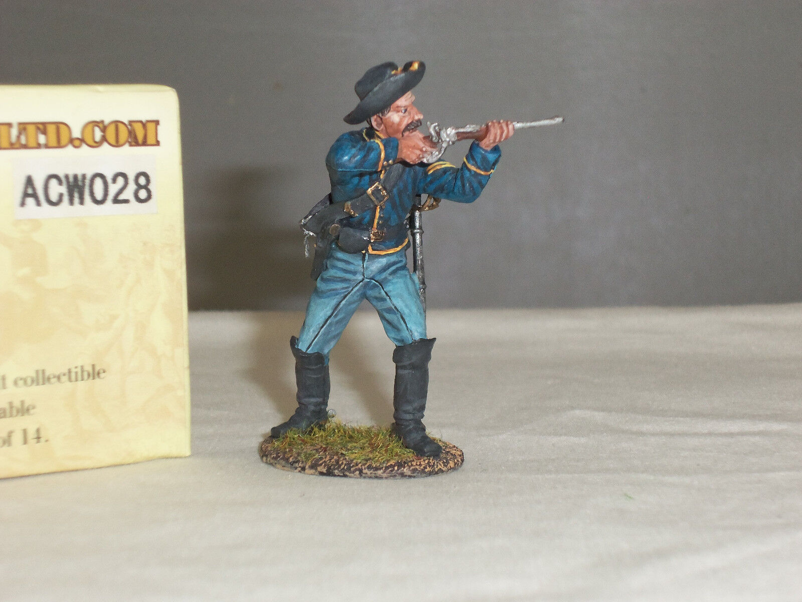 FIRST LEGION ACW028 UNION DISMOUNTED CAVALRY TROOPER FIRING METAL TOY SOLDIER