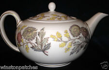 WEDGWOOD ENGLAND LICHFIELD TEAPOT & LID 36 OZ GOLD TRIM PINK YELLOW GREY FLOWERS