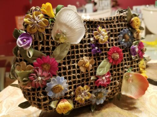 Mary Francis Handbag - Tiny Garden Floral Basket