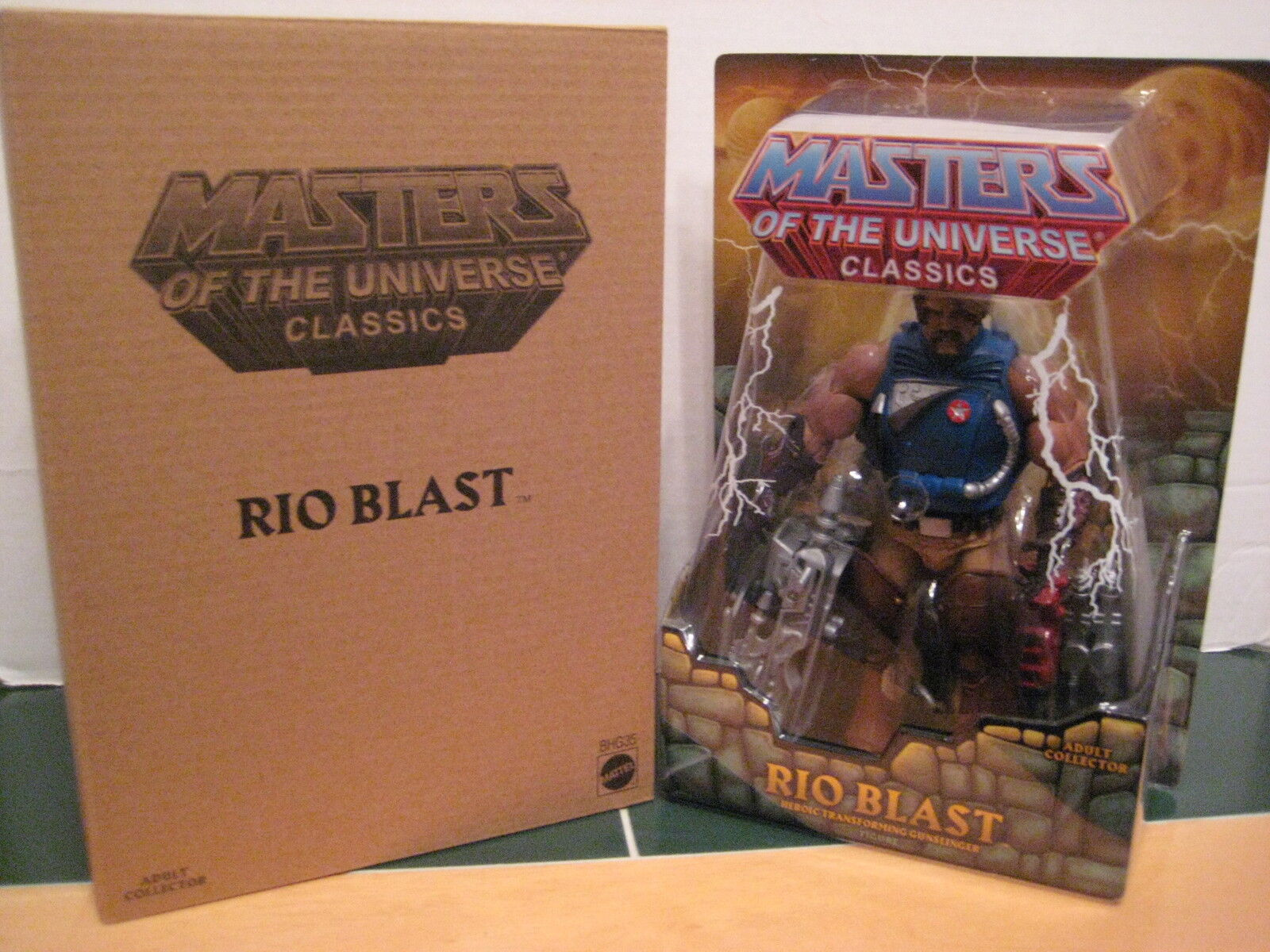 Masters of the Universe Classics Rio Blast Figure Transforming Gunslinger