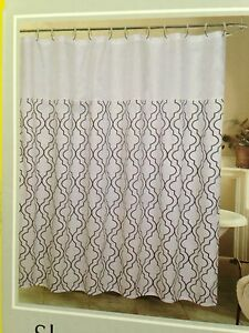 Dark Blue White Geometric Pattern Fabric Shower Curtain With 12