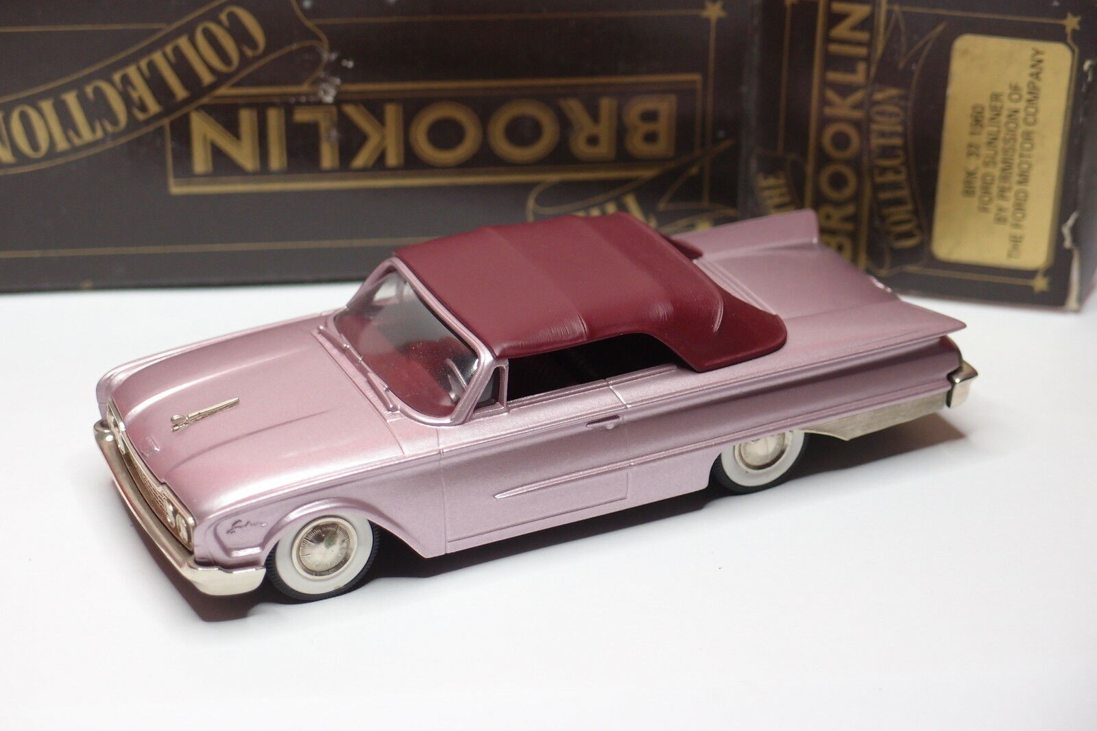 BROOKLIN BRK 37 1960 FORD SUNLINER 1 43