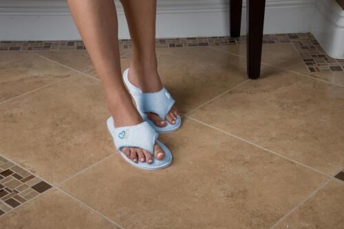 Aerusi Women Fleece Spa Thong Flip Flops Slippers Indoor House Anti-Slip Shoes