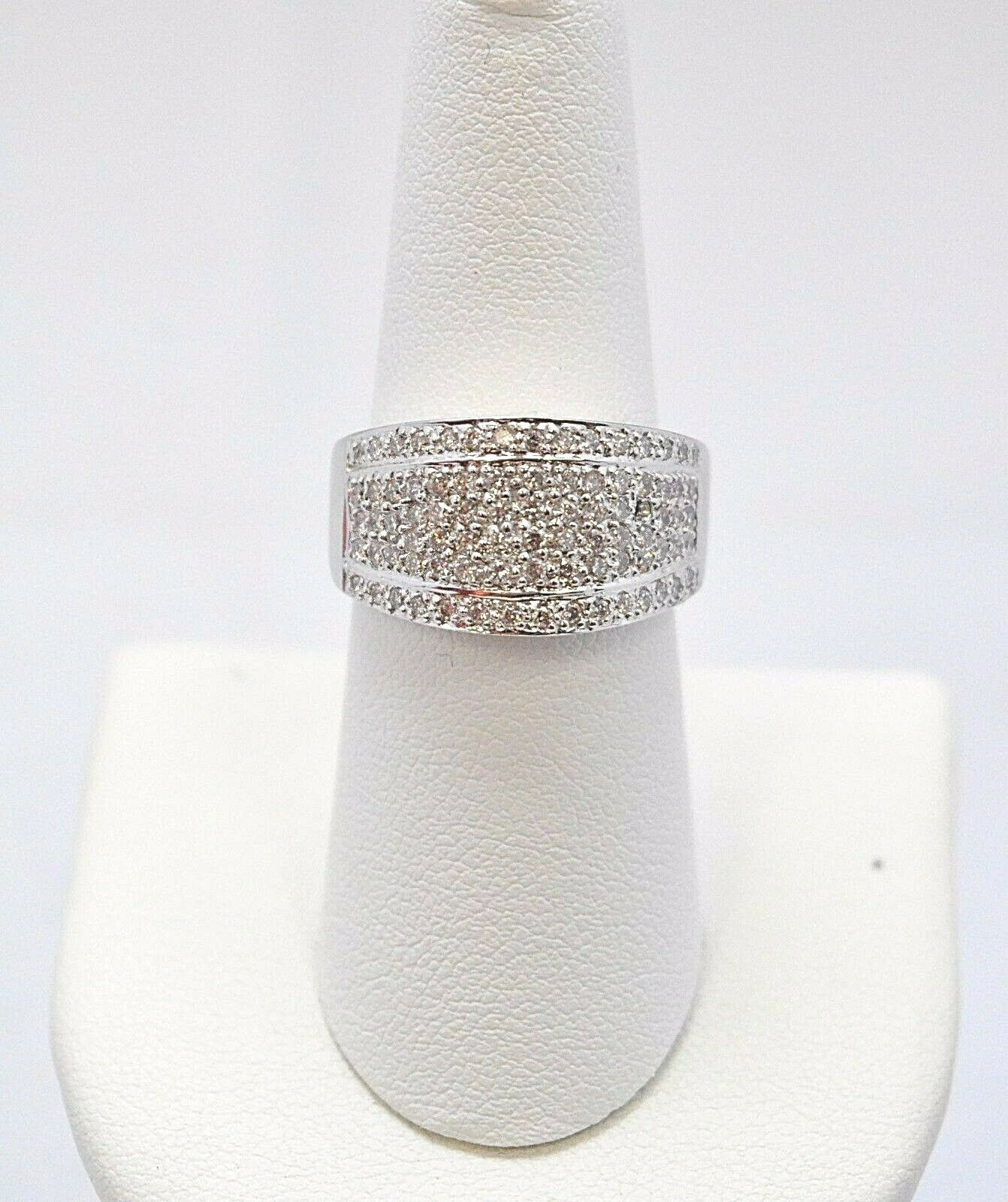 1596- 14K WHITE gold RING RING W  64 DIAMONDS 0.72TCW 7.2GRAMS SIZE 7.25