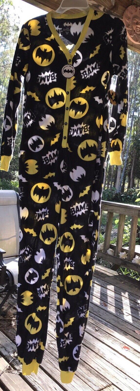 DC Comics Batman Footed Pajamas 1 PC NWT    Med