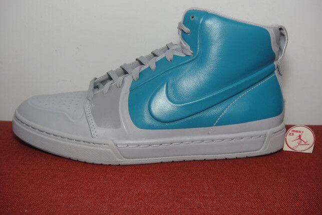 Nike Air Royal Mid VT High Hi Neu Boot Mandara Karst Manoa Gr:42,5 US:9 Grau