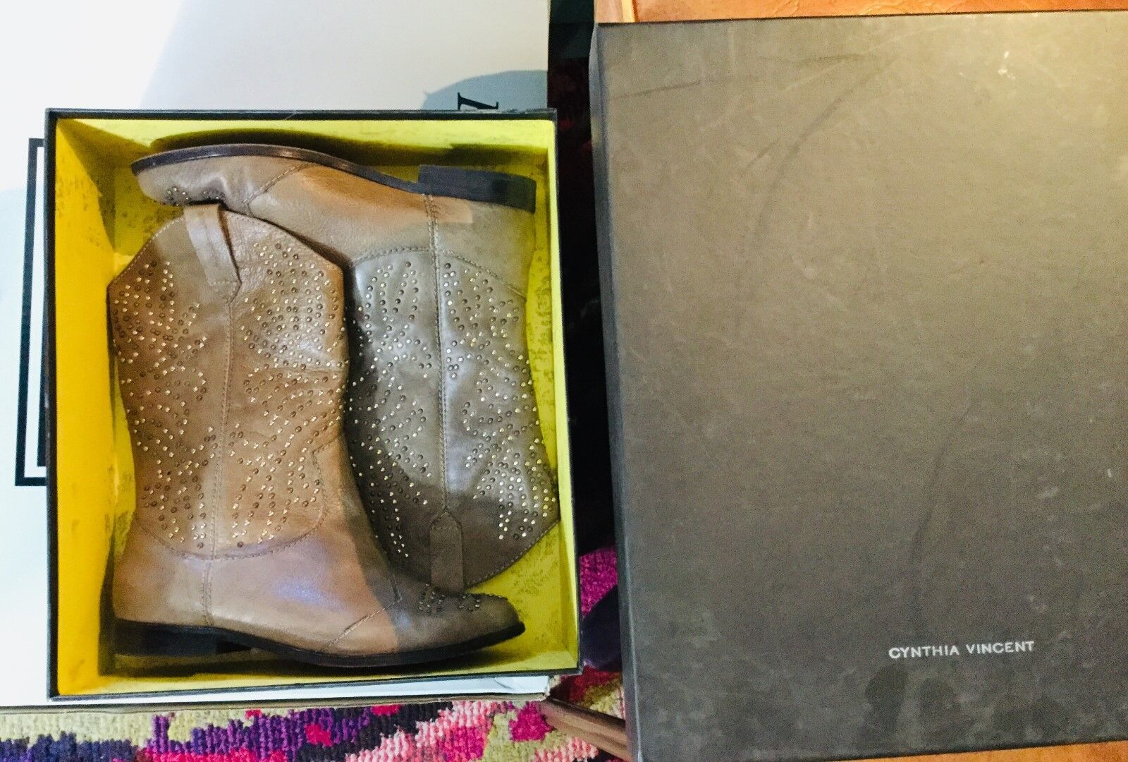 CYNTHIA VINCENT VINCENT VINCENT Grey  Heather  Size 6.5 Leather Studded Boot  450 db1418
