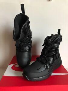 f26cdc099037 NIB!!Nike Women s Tanjun High-Top Sneakerboots Black Last One Sz 6.5 ...