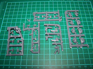 Space-Marine-Primaris-Reivers-Weapons-and-Accessories-bits