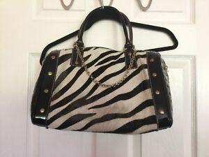 bebff4f5dcb1 Image is loading arcadia-black-patent-leather-handbag