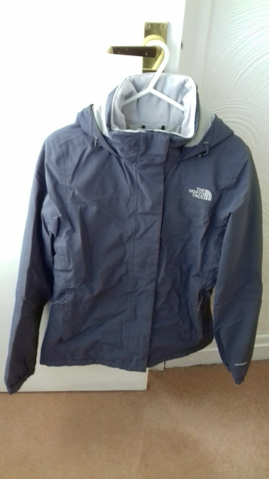 WOMENS THE NORTH FACE HYVENT INSULATED PADDED GREYCOAT SIZE SPERFECT CONDITION