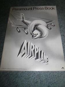 AIRPLANE-1980-ROBERT-HAYS-ORIGINAL-PRESSBOOK