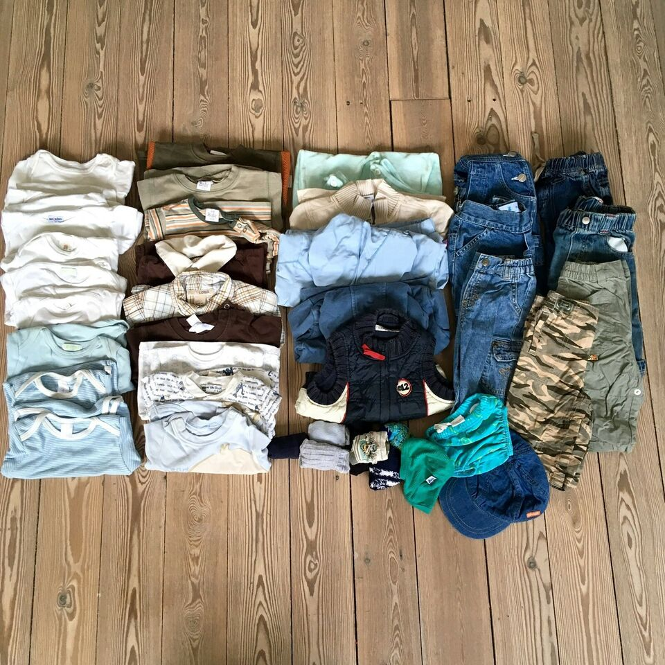 Blandet tøj, 31 dele drengetøj str 68-74, H&M