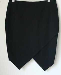 WITE-BLACK-SKIRT-WITH-UNEVEN-CROSSOVER-BACK-HEM-SIZE-14-APPROX
