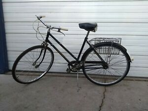 VINTAGE-DUNELT-BICYCLE-MADE-IN-ENGLAND-rare-and-in-excellent-condition-3-speed
