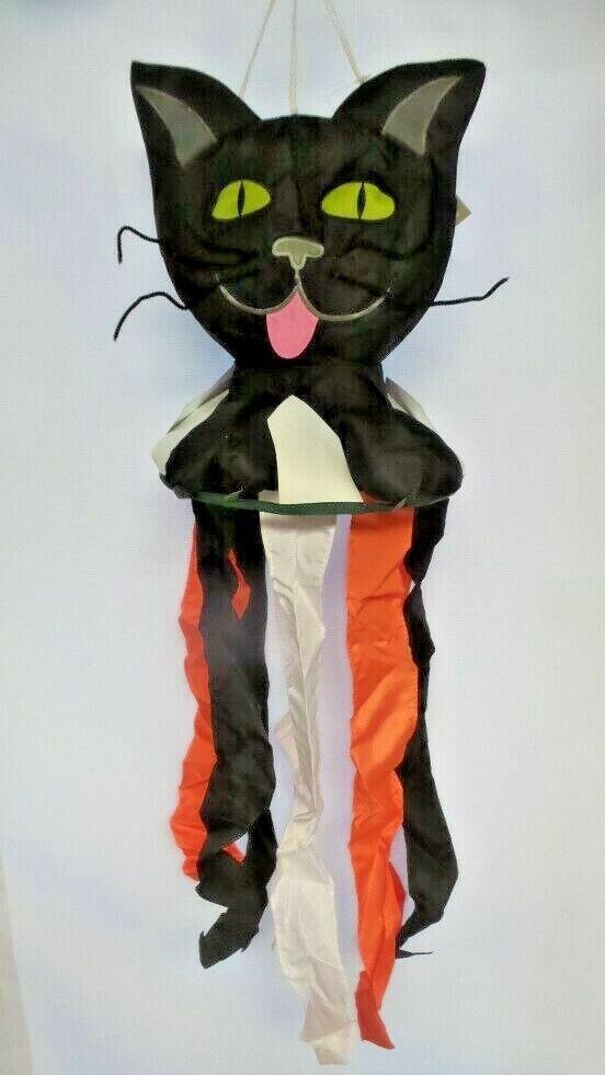 Scaredy Cat Nutty Buddies Windsock by Premier. #8522, 38