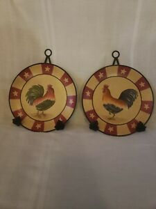 Home-Interiors-Decorative-Wall-Hanging-Rooster-Chicken-Plates-with-Black-Hangers