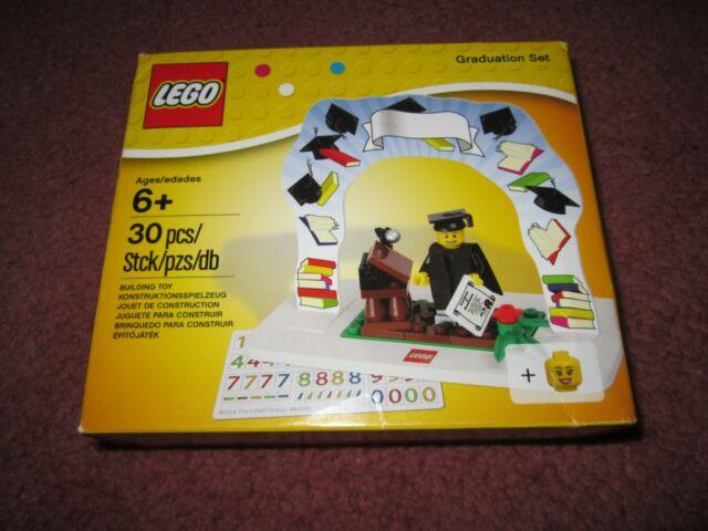 LEGO GRADUATION SET 850935 SEE PHOTOS DAMAGED BOXES - NEW/BOXED/SEALED